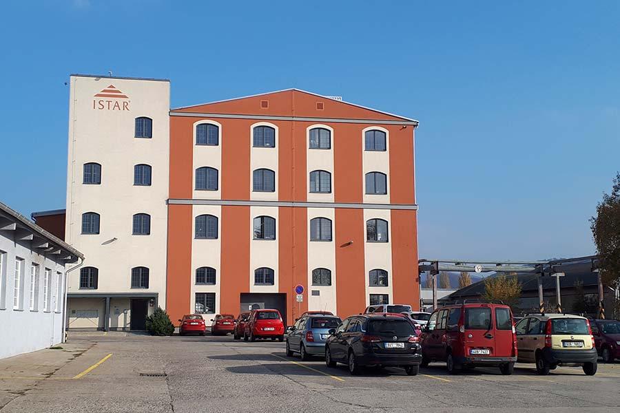 budova Istar 01